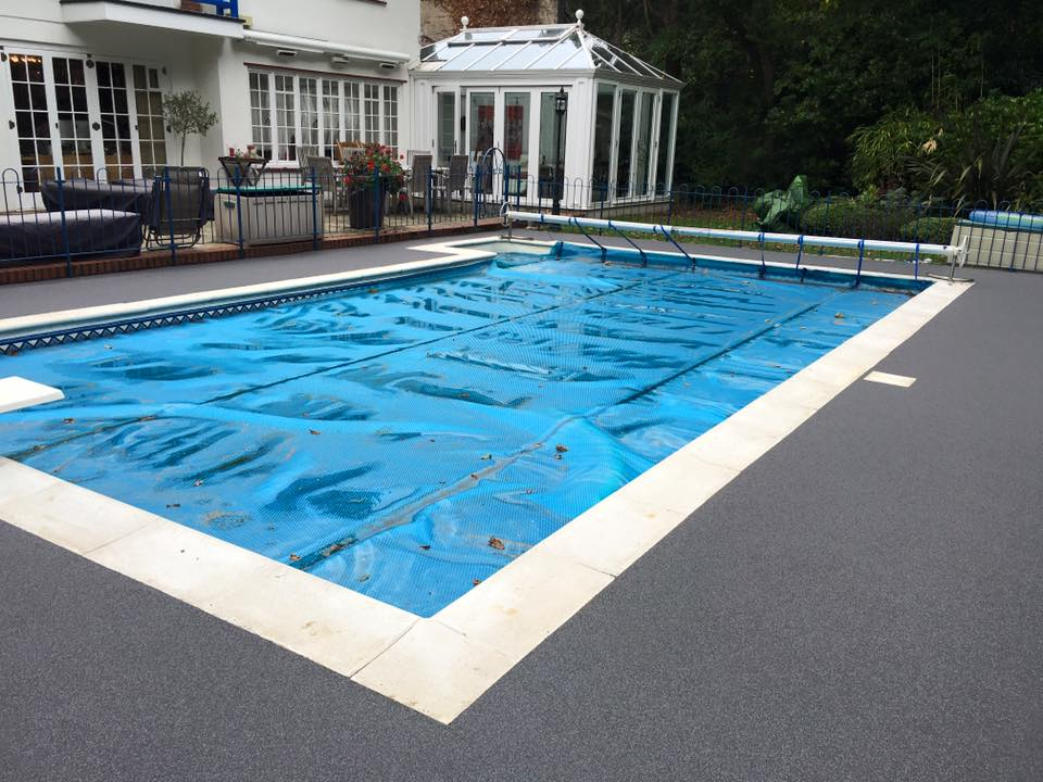 Swimming pool surround ideas these pool ideas look truly for Swimming pool surrounds design