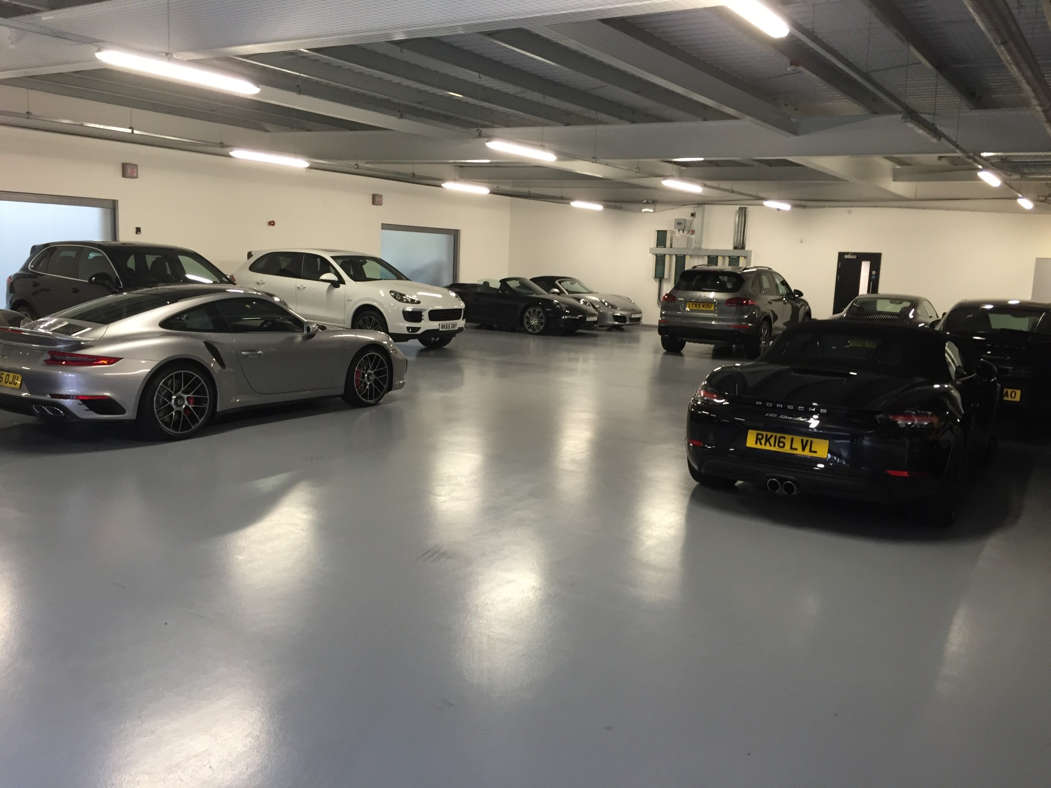 Car Showroom Flooring Resin Flooring For Car Showrooms